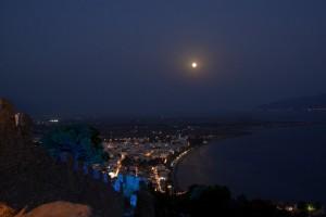 Πανσέληνος στο Κάστρο της Ναυπάκτου με τις «Ευμενίδες» της Ειρήνης Ευαγγελάτου